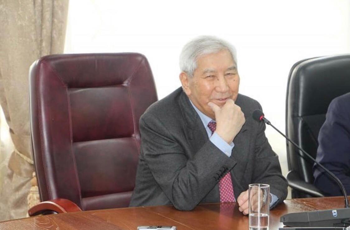 M.Zholdasbekov